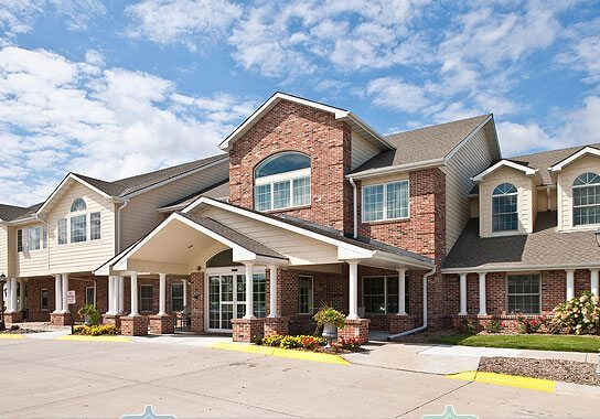 3 Biggest Differences in Assisted Living vs. Home Care
